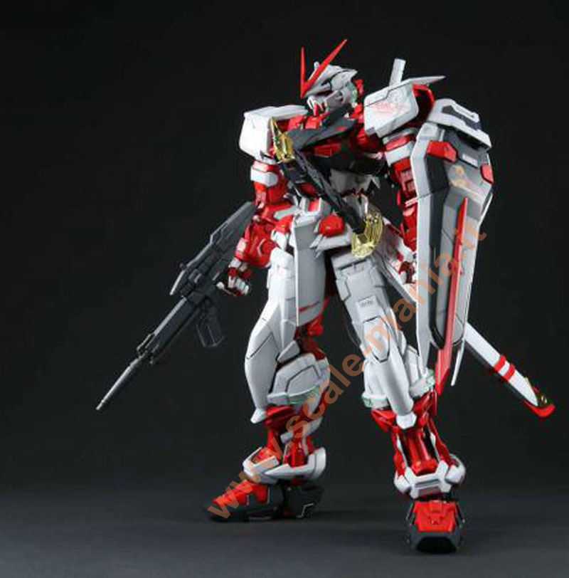 MBF-P02 Gundam Astray Red Frame in scala 1:60 PG by Bandai